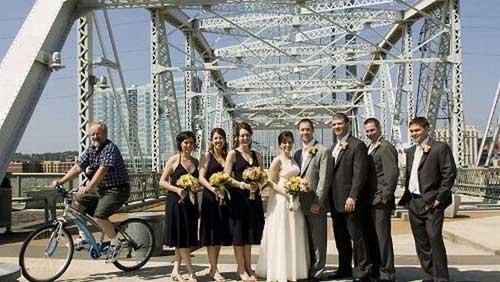 Photo Bomobing - Photo de mariage avec cycliste